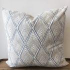 Rhombi Form – Linen